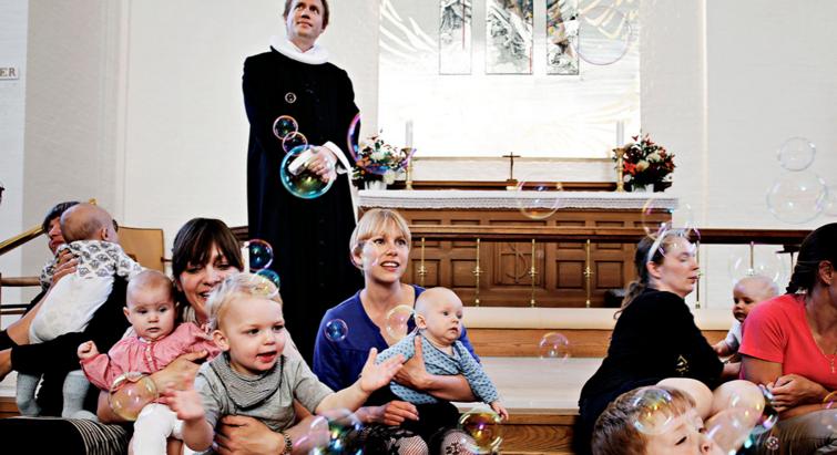 Familiegudstjeneste i Hans Egedes Kirke i København.